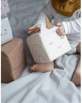 Cubes animaux tissu à empiler
